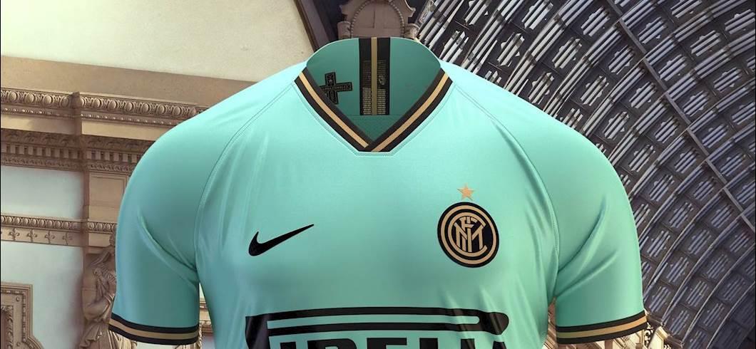 ff85a42bb Inter, ecco la maglia da trasferta: domina il colore del mare ...