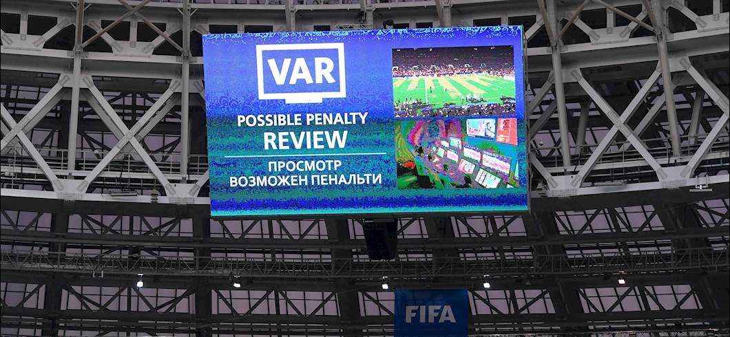 VAR Review durante Russia 2018 (Getty Images)