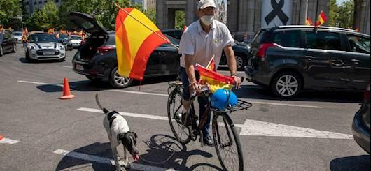Spagna, dichiarati 10 giorni di lutto nazionale per le vittime del coronavirus (Getty Images)