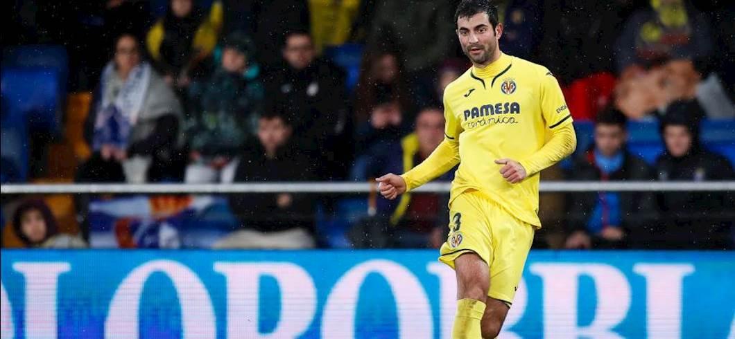 Calciomercato Napoli, De Laurentiis vuole il clamoroso ritorno di Albiol (Getty Images)