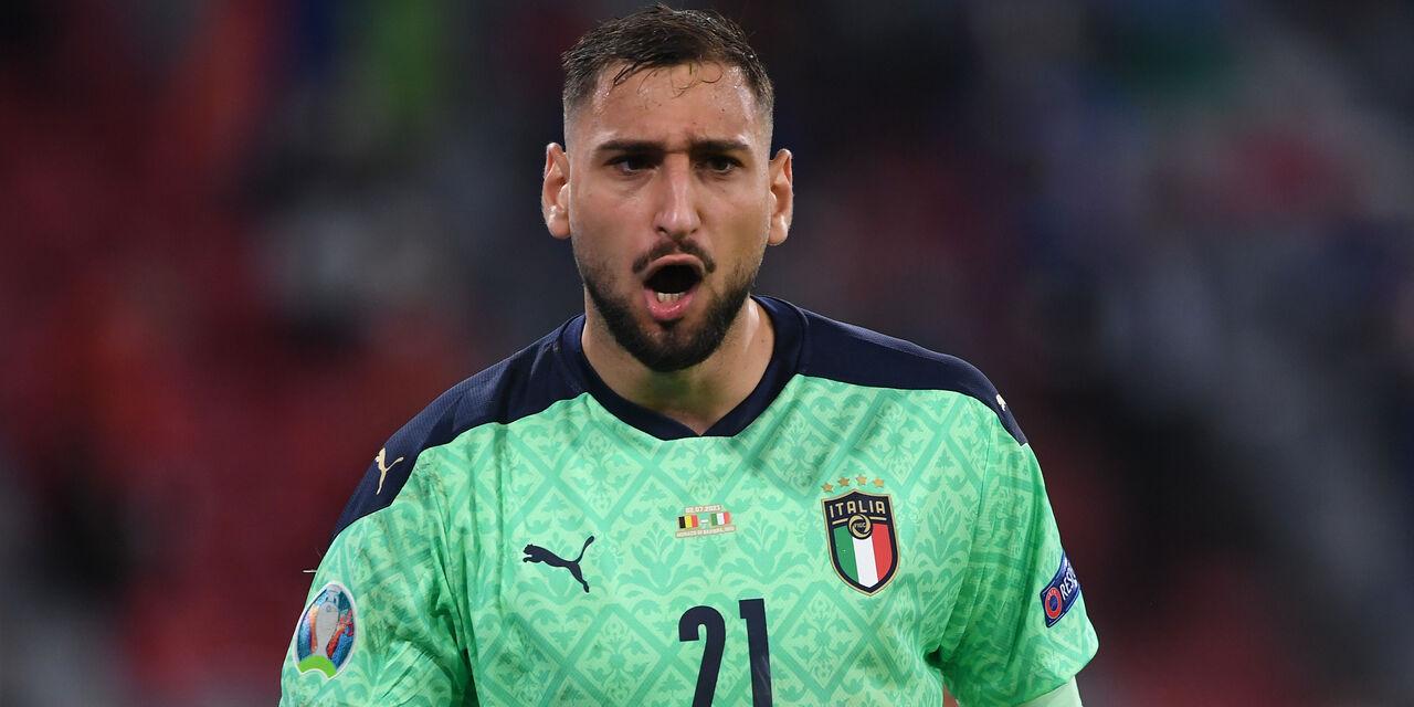"""Donnarumma: """"Fischi dei tifosi del Milan? Spiace, sarò sempre un cuore rossonero"""" (Getty Images)"""