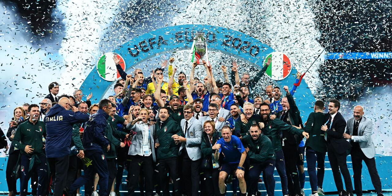 Disordini Inghilterra-Italia, si muove la Uefa: il comunicato (Getty Images)