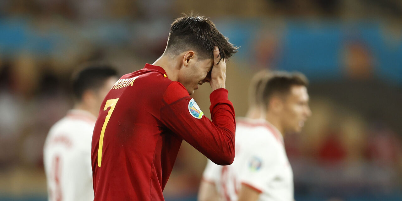 """Insulti per Morata via social, la moglie ribatte: """"Sport per unire, non per vostre frustrazioni"""" (Getty Images)"""