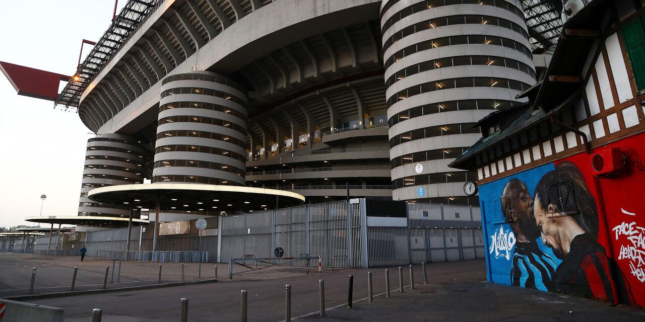 San Siro tra i 10 migliori stadi al mondo: guida la classifica il Camp Nou (Getty Images)