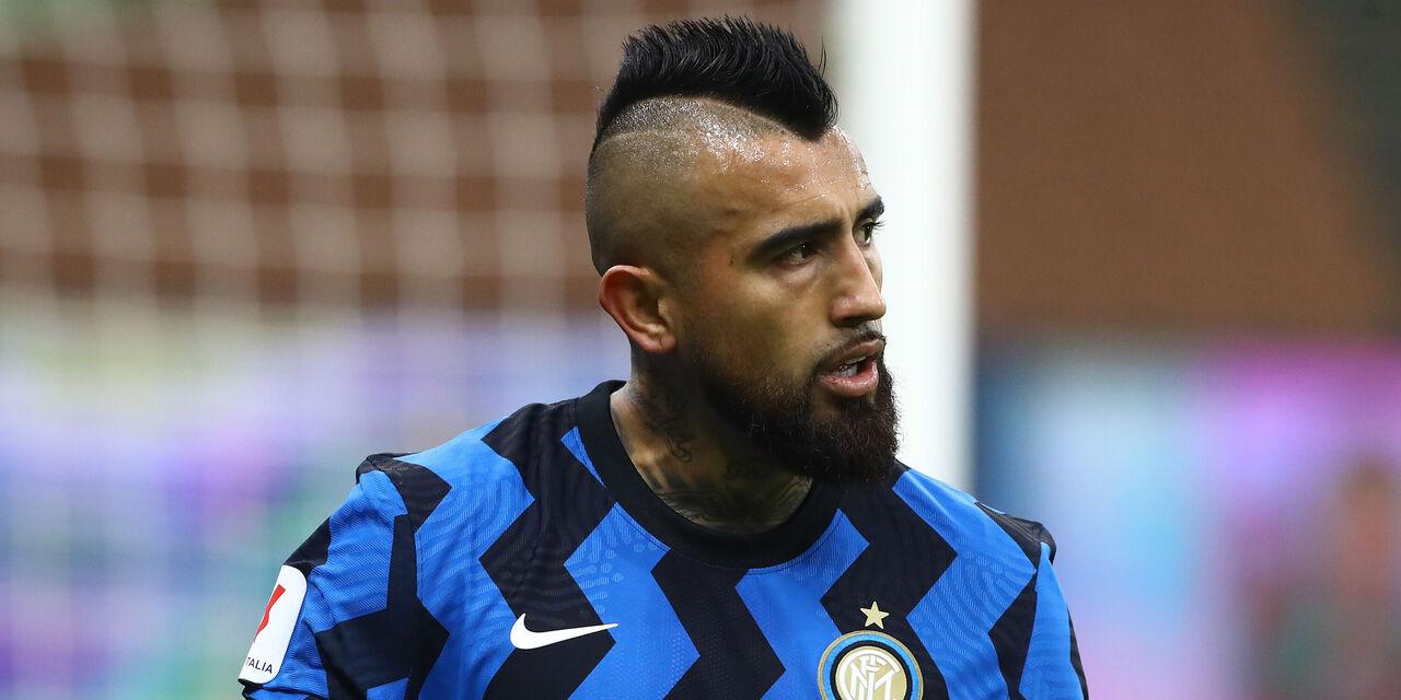 Inter, le ultime sulle cessioni di Joao Mario e Vidal (Getty Images)