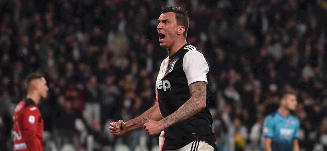 Mario Mandzukic con la maglia della Juventus (Getty)