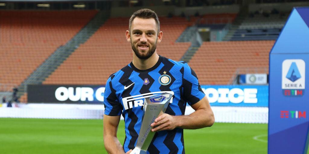 Calciomercato Inter: via anche De Vrij, tutta colpa di Raiola (Getty Images)