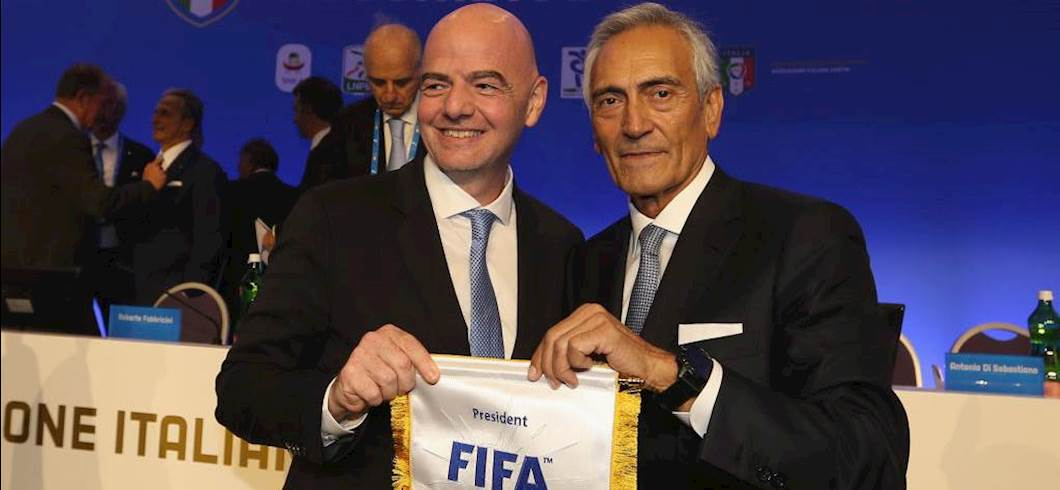 Gravina con Infantino (Getty Images)