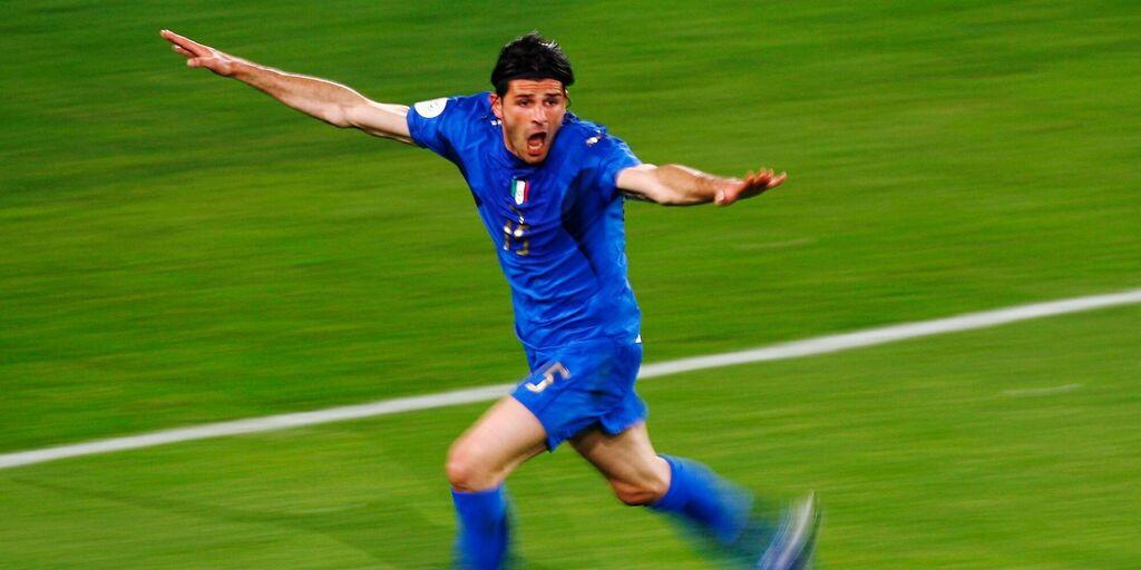 La gioia di Vincenzo Iaquinta dopo il gol col Ghana (Getty Images)