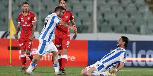 Una sfida che vale una stagione: Pescara e Perugia si contendono la poltrona in serie B (Getty Images)