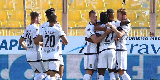 Parma, sono sette i calciatori positivi al Covid: il comunicato (Getty Images)