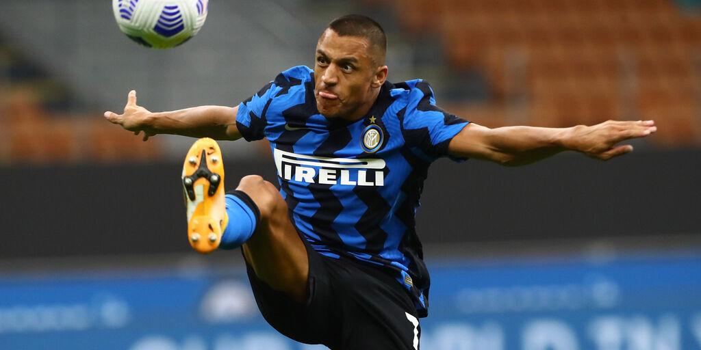 Inter, si ferma subito Sanchez: problema al polpaccio (Getty Images)