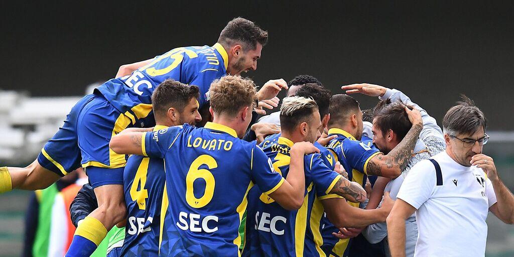 Verona esulta dopo il gol di Favilli (Getty Images)