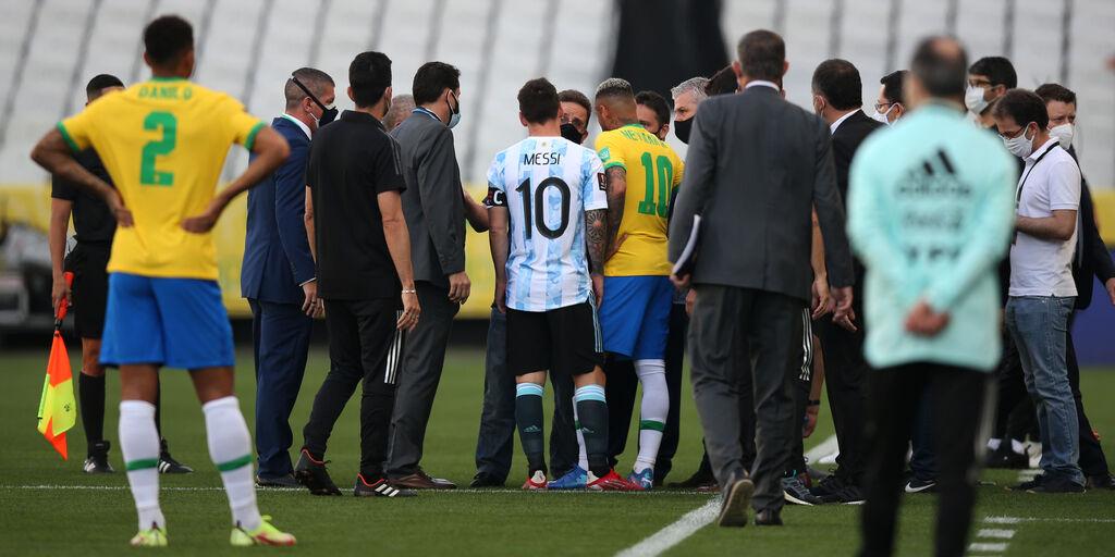 Liga, Siviglia - Barcellona e Villarreal - Alaves rinviate: cosa accade al Fantacalcio (Getty Images)