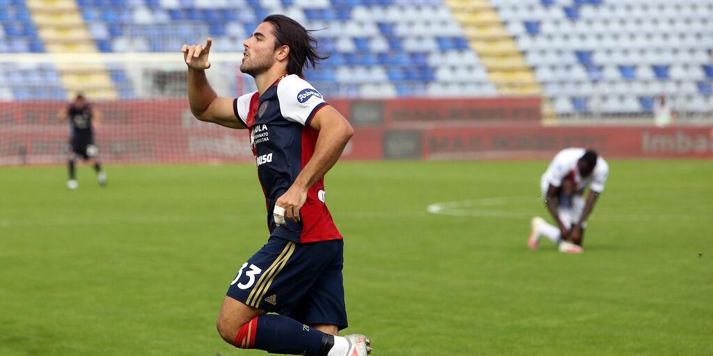 Cagliari subito in campo: ancora personalizzato per Sottil (Getty Images)