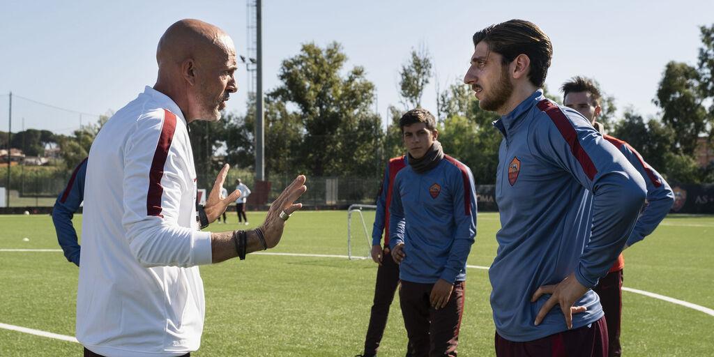 Gian Marco Tognazzi interpreta Luciano Spalletti, Pietro Castellitto interpreta Francesco Totti (Sky)