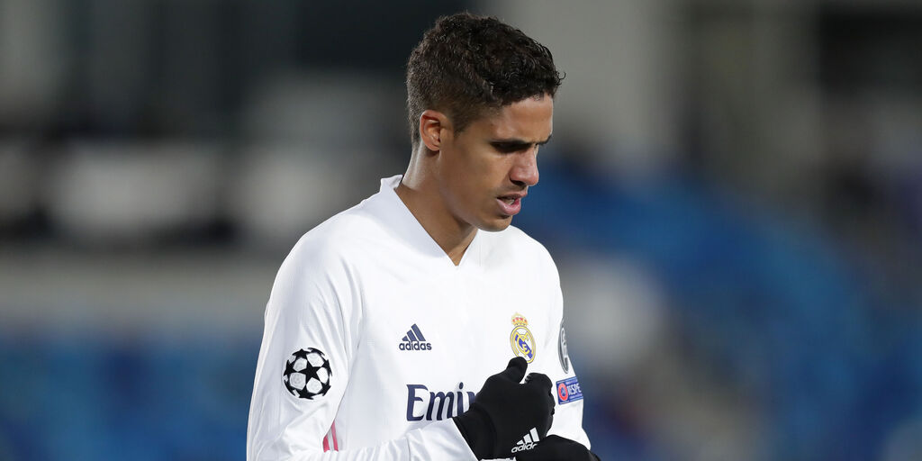 Real Madrid, infortunio per Varane: salta il Chelsea? (Getty Images)