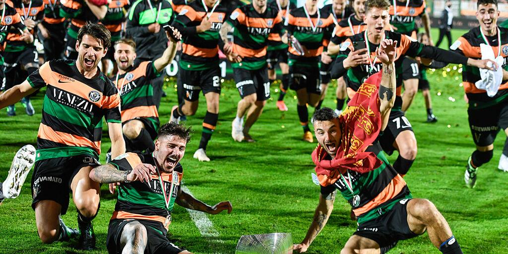 UFFICIALE - Calciomercato Venezia, preso Schnegg: il comunicato (Getty Images)